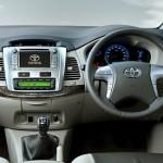 Toyota-Innova-Facelift-Silver-Finish-Dashboard