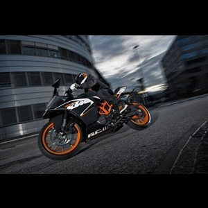 2014-KTM-RC125-RC200-RC390-motorcycle-India
