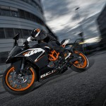 2014-KTM-RC125-motorcycle-India-001