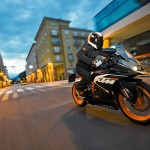 2014-KTM-RC125-motorcycle-India-002