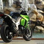 2014-Kawasaki-Z1000-SX-India-Rear-View