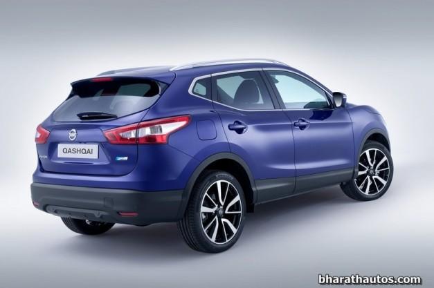 2014-Nissan-Qashqai-India-Rear-View