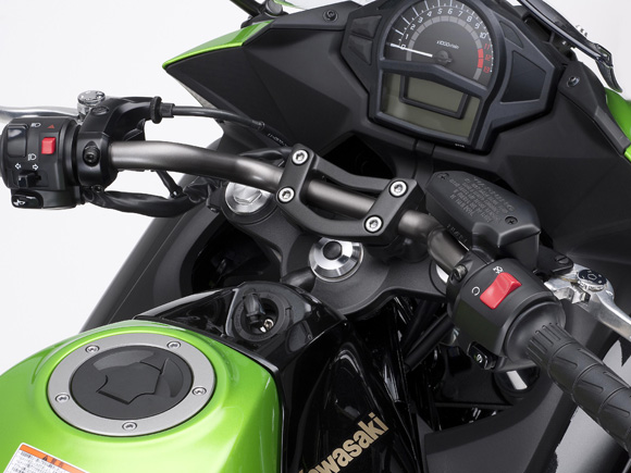 2014 Kawasaki Ninja 400 Sportsbike Cockpit