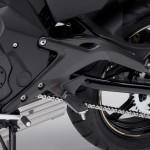 2014-kawasaki-ninja-400-sportsbike-foot-peg