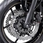 2014-kawasaki-ninja-400-sportsbike-front-fork