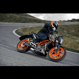 2014-ktm-duke-390-black-colour-india