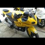 Dhoom3-Movie-BMW-S1000RR-Bajaj-Pulsar-150