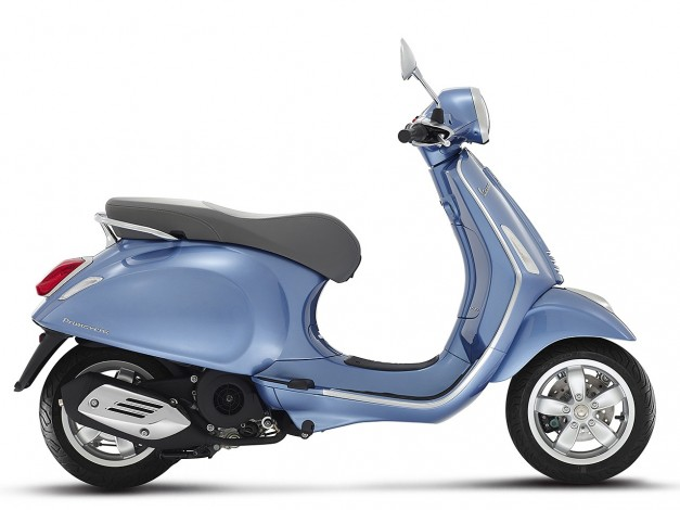 New-Piaggio-Vespa-Primavera-India-Side-View