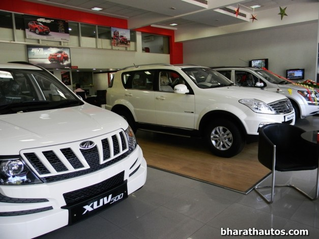 indian-government-to-gift-over-630-mahindra-vehicles-to-nepal