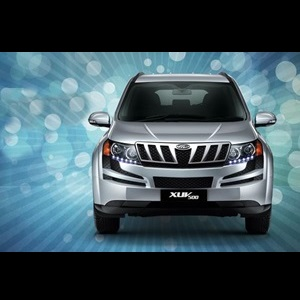 mahindra-launched-base-xuv500-w4-variant-at-rs-1083-lakh