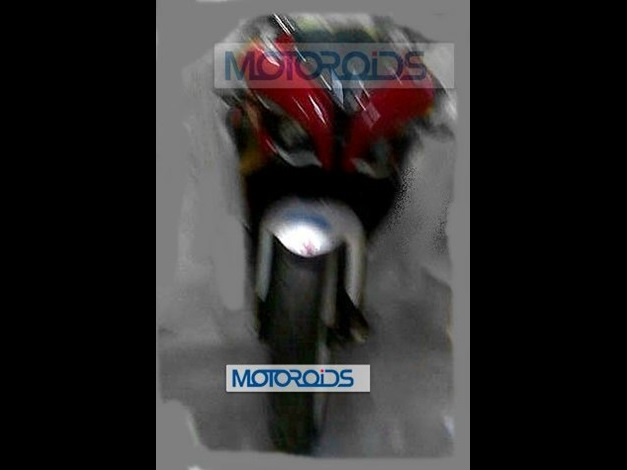 new-2014-bajaj-pulsar-375-spy-shots-india