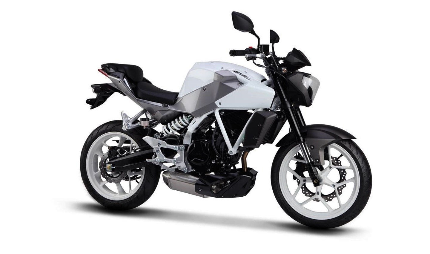 Hyosung Aquila 250 Limited Edition Launched @ INR 2.94 lakh