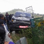 mahindra-xuv300-s101-compact-suv-crash-accident-front-fascia