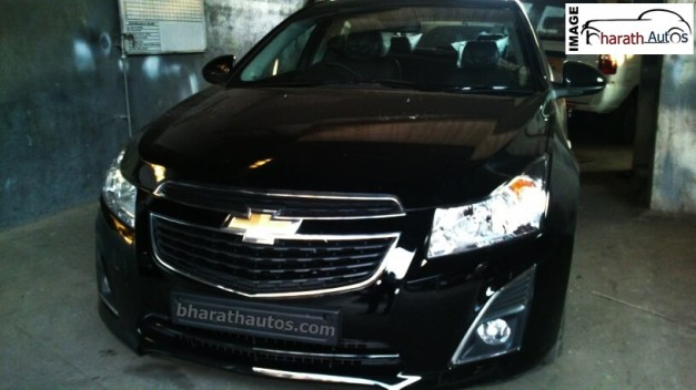 new-2014-chevrolet-cruze-black-india-front-grille