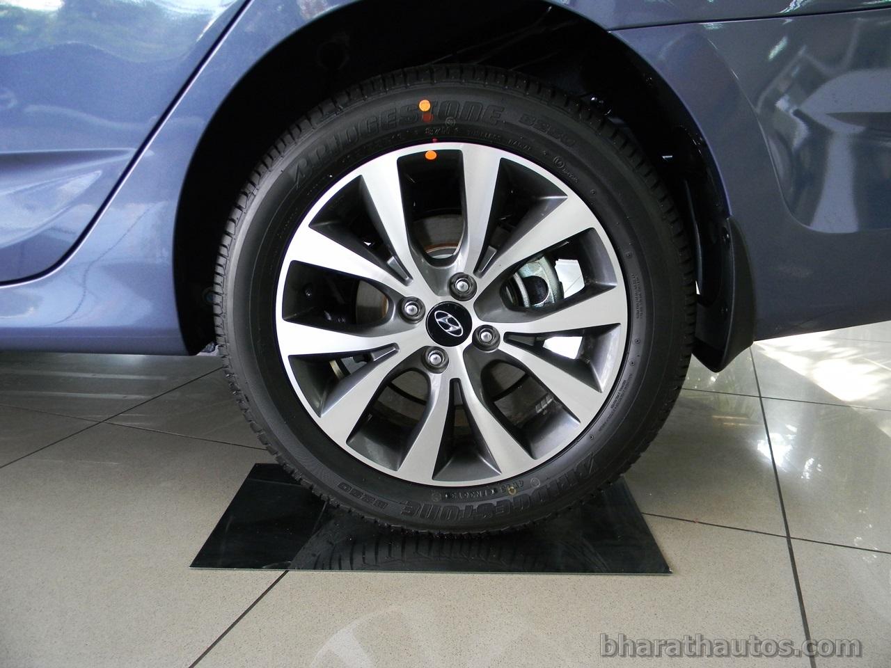 New 2014 Hyundai Verna India Rear Alloy Wheels