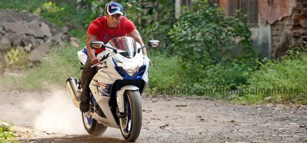 salman-khan-ride-suzuki-gsx-r1000z-special-edition-india