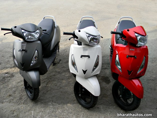 tvs-jupiter-110cc-automatic-scooter-india-front-view