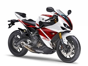 Yamaha_R3_300cc_motorcycle_india