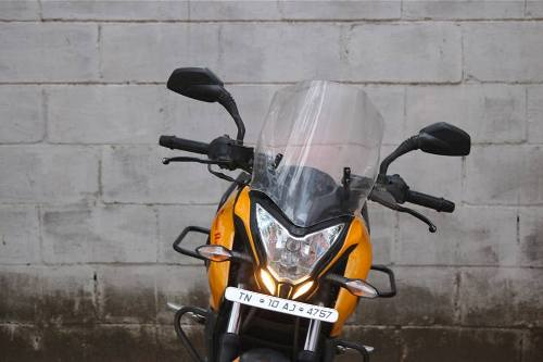 bajaj-pulsar-200ns-touring-accessories-front