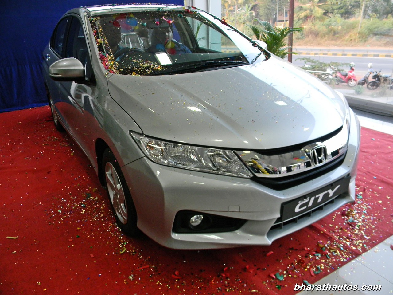 Fourth-gen 2014 Honda City now gets diesel engine and CVT ...