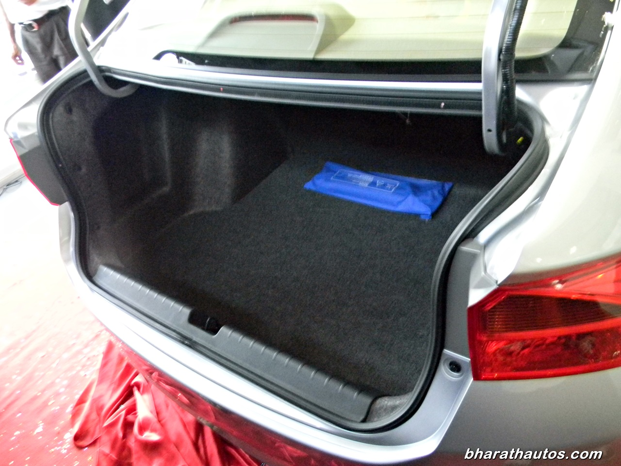 New Cars With Automatic Seat Belts