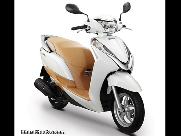 Honda To Reveal 125cc Activa At 2014 Auto Expo To Get Telescopic