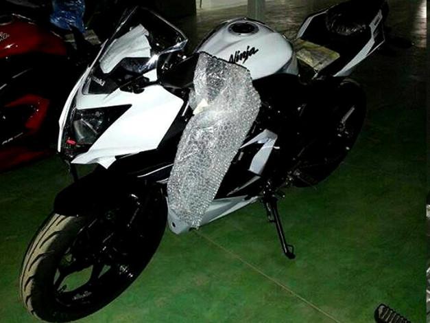 new-kawasaki-ninja-250sl-2014-white
