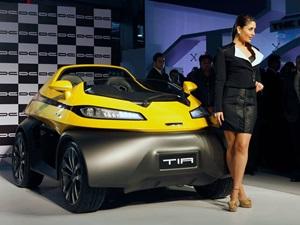2014-auto-expo-dc-design-eleron-suv-tia-city-car