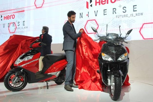 2014-auto-expo-ranbir-kapoor-hero-motorcorp