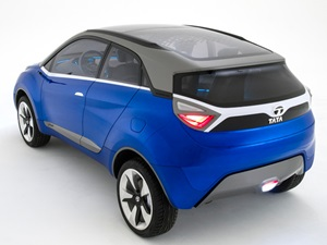 2014-auto-expo-tata-motors-showcased-bolt-hatch-zest-sedan-nexon-suv