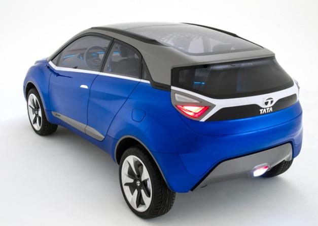 2014-auto-expo-tata-nexon-compact-suv-rear