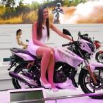 2014-auto-expo-the-babe-girl-054