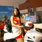 2014-auto-expo-the-babe-girl-062