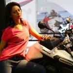 2014-auto-expo-the-babe-girl-087