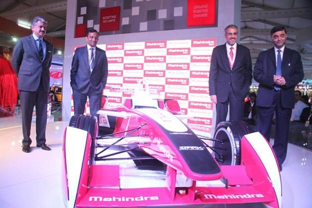 2014-mahindra-formula-e_car