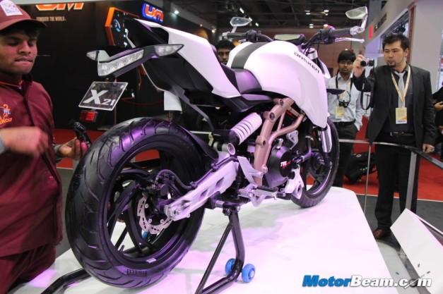 2014-tvs-draken-concept-rear