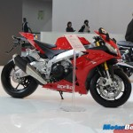 Aprilia-RSV4-2014-Auto-Expo