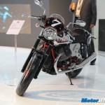 Moto-Guzzi-V7-Racer-2014-Auto-Expo