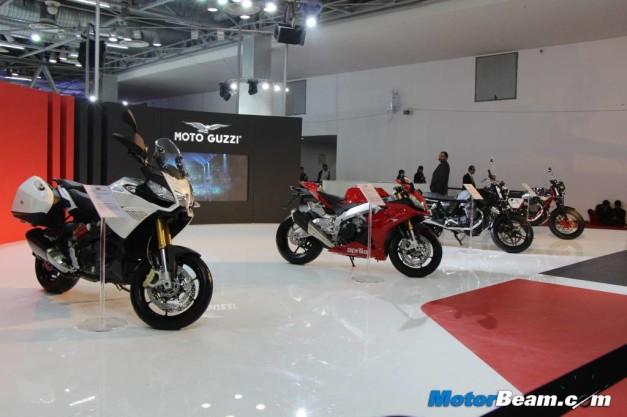 Piaggio-Superbikes-Auto-Expo