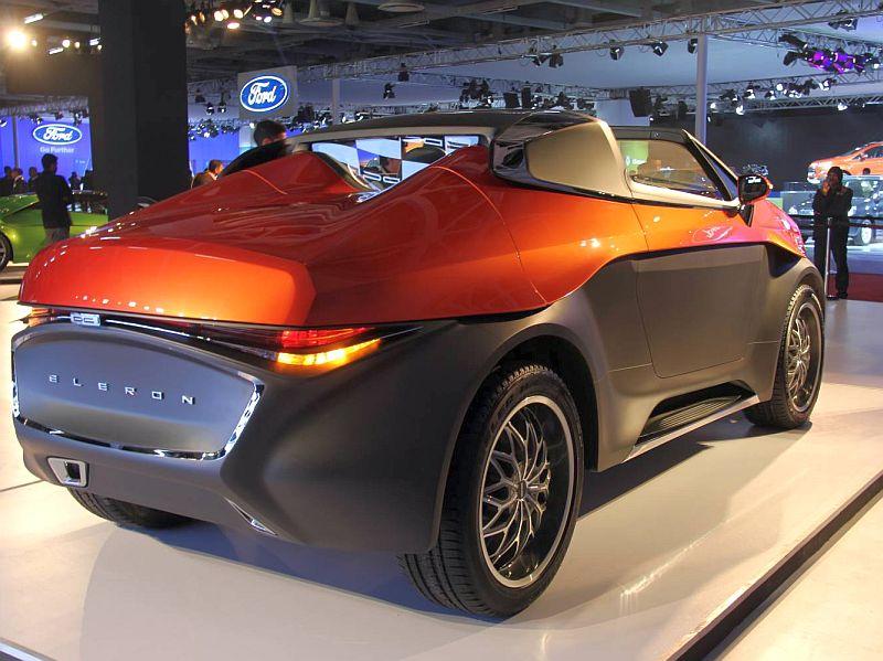 2014 Auto Expo Dc Design Unveils Eleron Suv Amp Tia 2