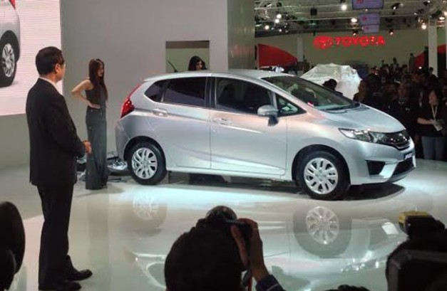 new-honda-jazz-2014-facelift
