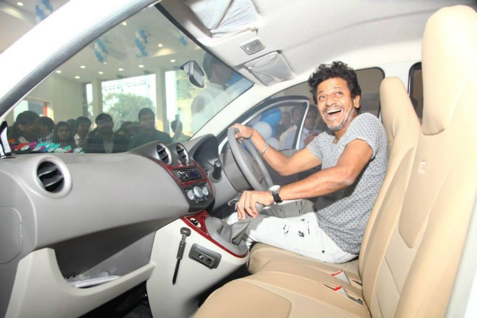 Datsun Go Unveiled By Shivraj Kumar In Bangalore