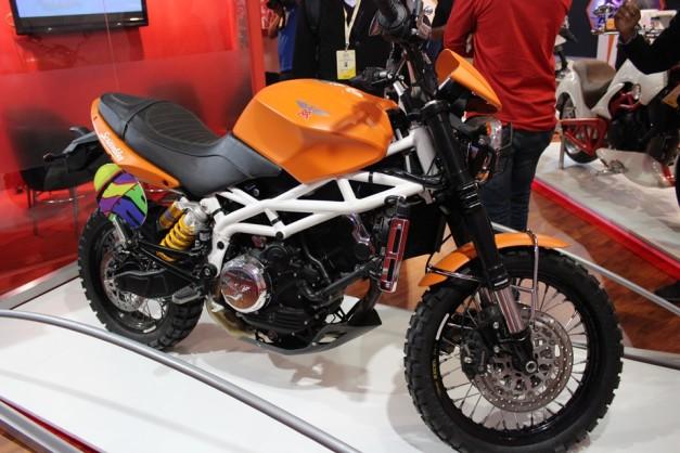 moto-morini-scrambler-2014-auto-expo