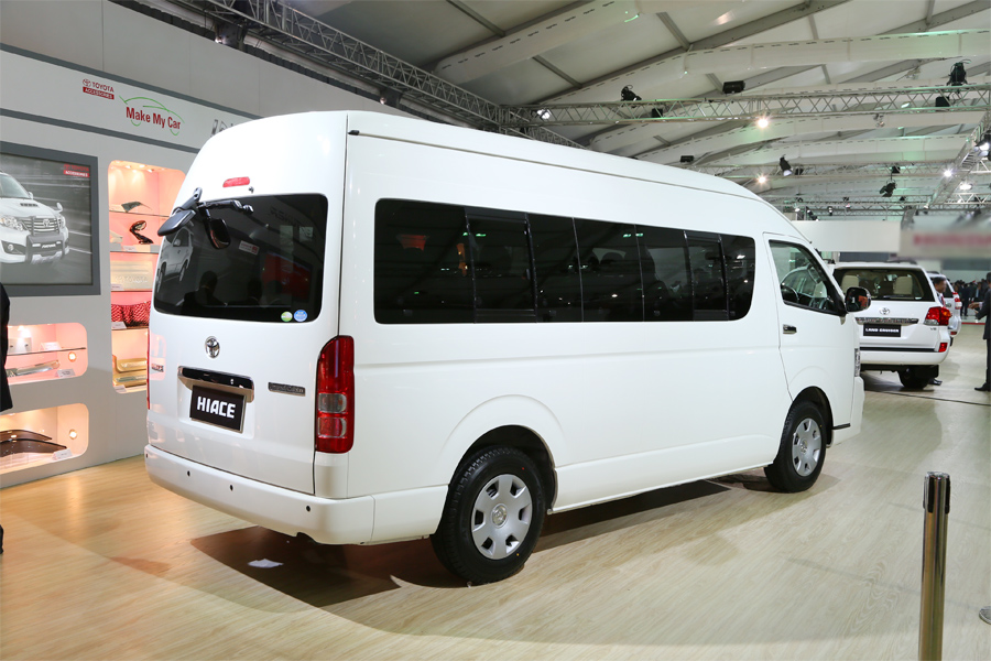 Toyota Hiace Passenger Transport Van Auto Expo on 2 0 Liter Subaru Boxer Engine