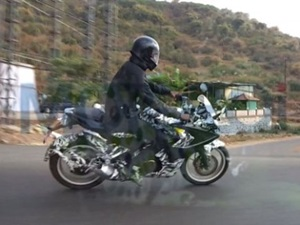 bajaj-pulsar-ss200-spied-testing-less-camouflage-more-accessories