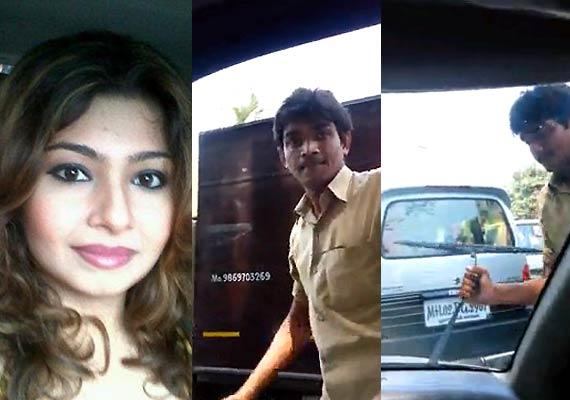 auto-rickshaw-driver-abusing-monaz-mevawala-002