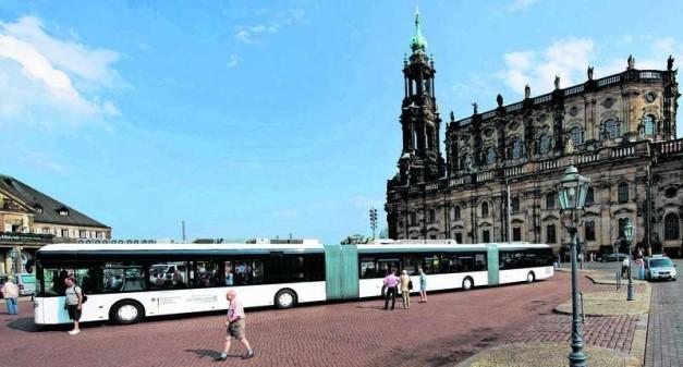 autotram-extra-grand-worlds-longest-bus