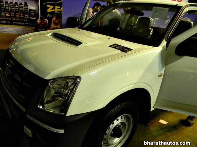 isuzu-dmax-space-cab-flat-deck-pick-up-truck-india