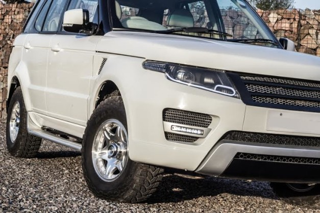 modified-tata-safari-range-rover-evoque