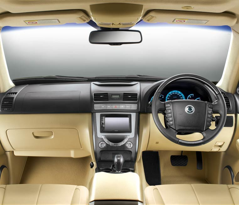 Mahindra Adds New Rx6 Variant Of Ssangyong Rexton With